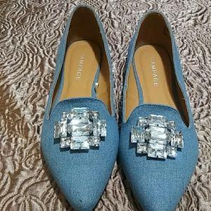 Blue jean Rampage shoe.